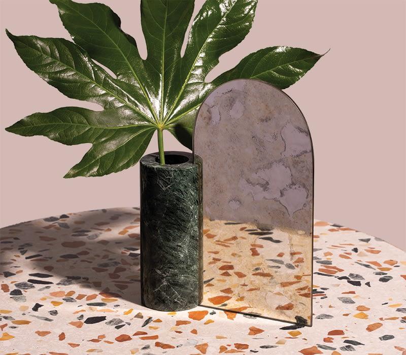 vase-marble-mirror-charlotte-taylor-1920X768